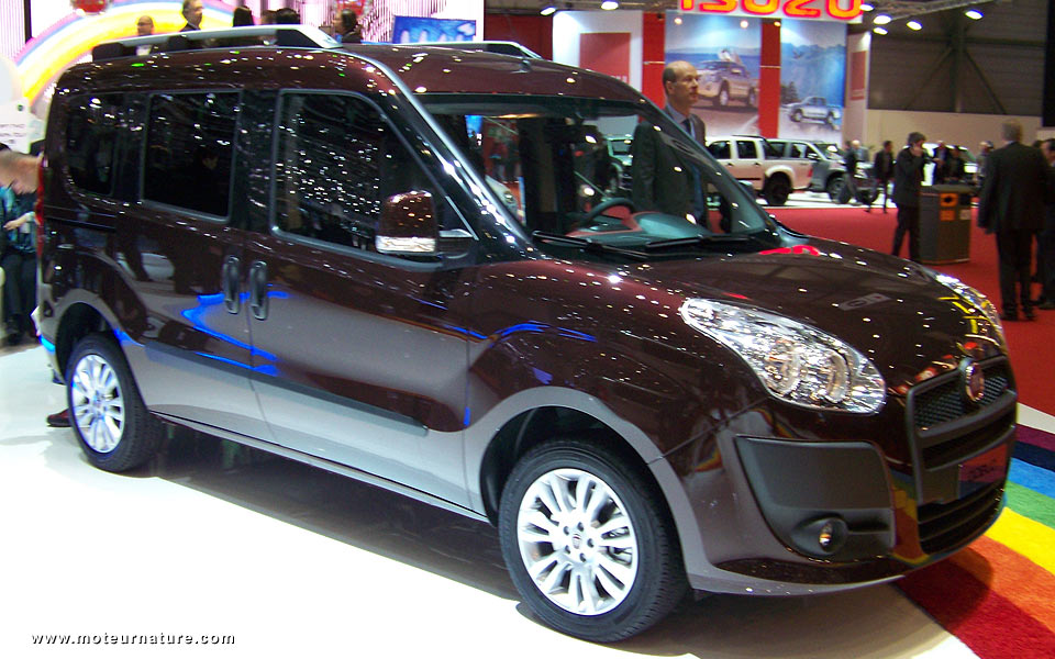 In The Doblo, Fiat Turbocharges Its Engine Running On