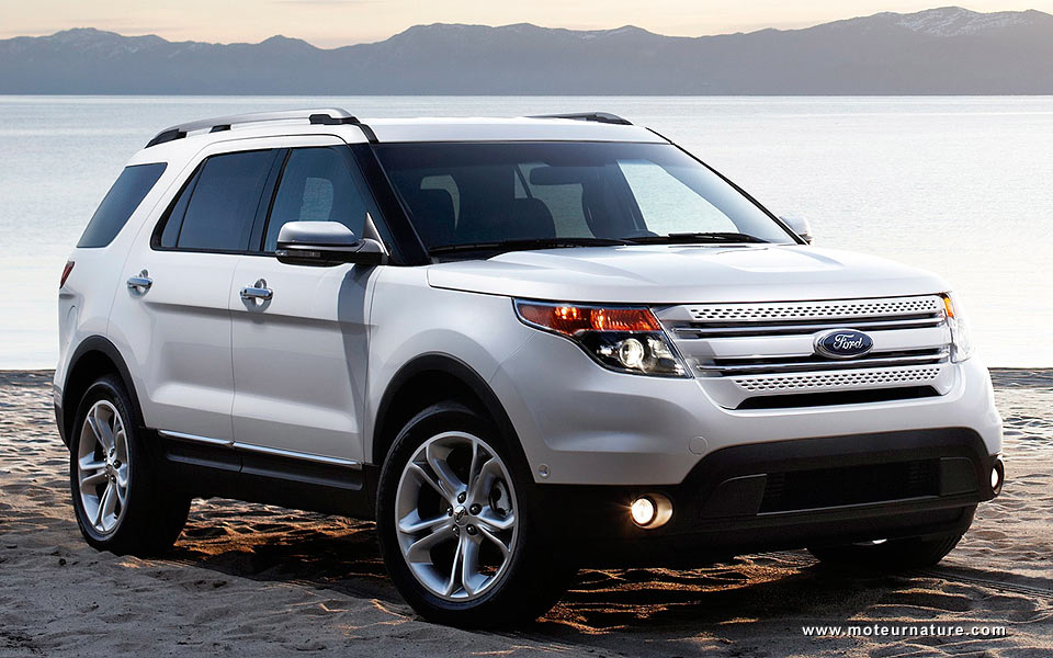 the best of european engine technology in a ford explorer motornature cars for green drivers. Black Bedroom Furniture Sets. Home Design Ideas