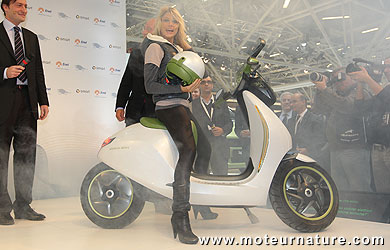 A smart escooter at the Bologna motor show