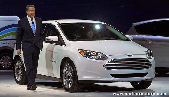 Bill Ford with the electric Focus at Naias