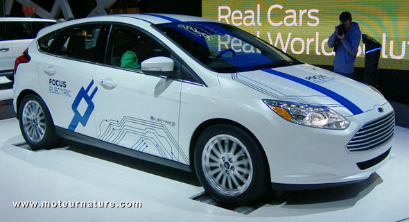 Ford Focus electric on rollers in Geneva