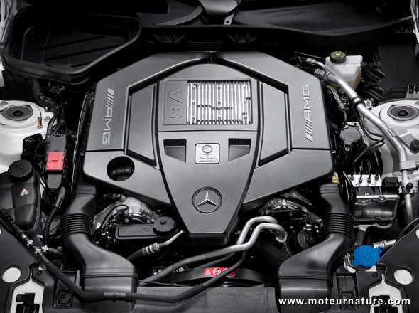 Mercedes-AMG V8 engine