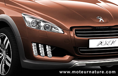peugeot 508 rxh, a diesel hybrid soft suv for green and trendy