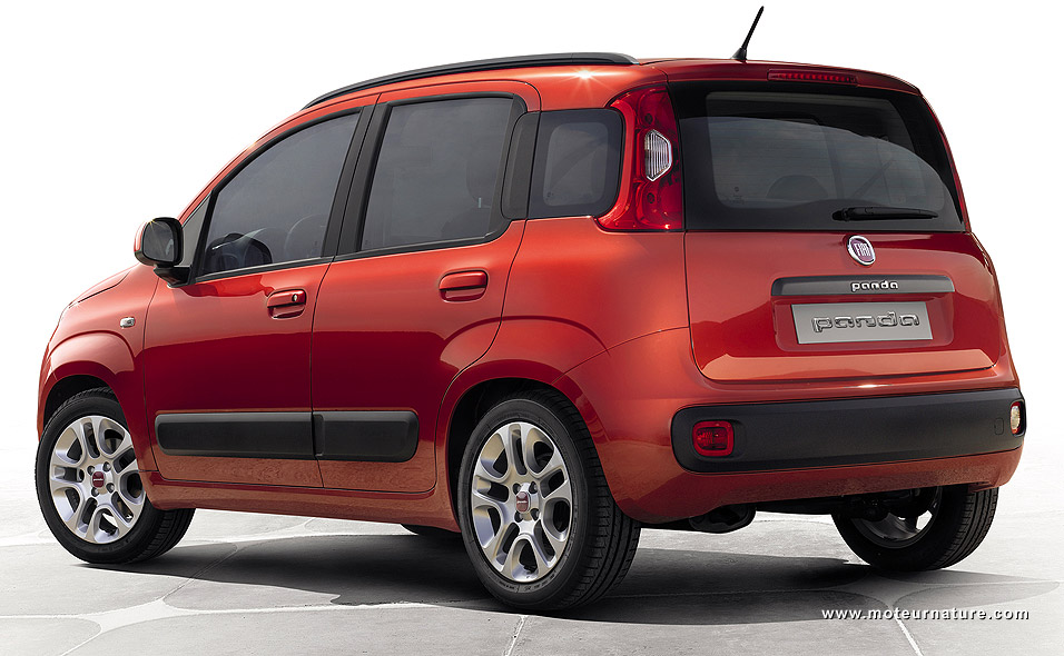 Third gen Fiat Panda returns with a two-cylinder engine, just like