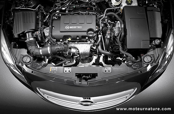 Opel Insignia turbocharged engine