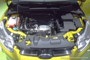 Ford-Focus-Ecoboost-engine