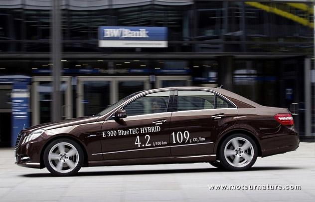 Mercedes-E300-Bluetec-Hybrid