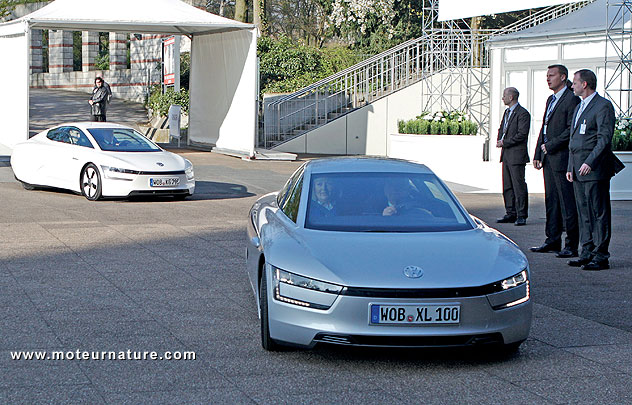 Volkswagen XL1 plug-in hybrid at Hauptversammlung 2012, Congress Center Hamburg, 19. April 2012