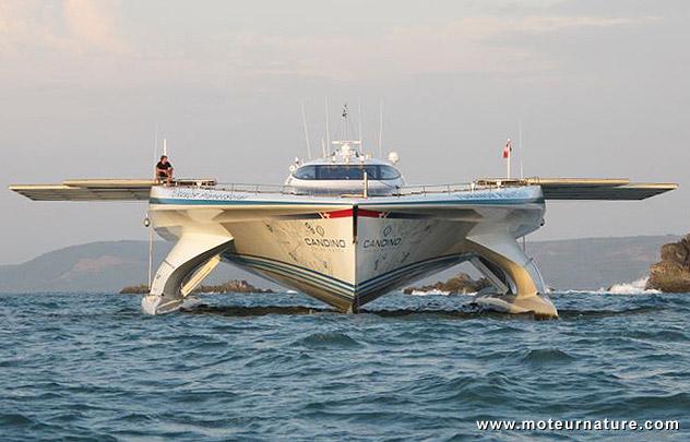 PlanetSolar zero emission boat