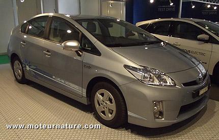 Toyota-Prius-plug-in
