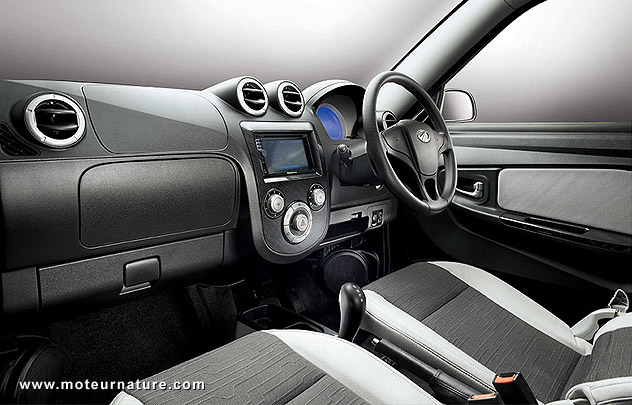 Mahindra e2o, the Indian electric car, interior