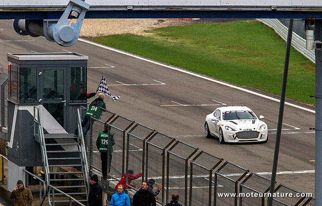 Aston-Martin-Rapide-Hydrogen-Nurburgring