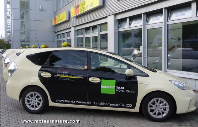 Taxi Prius hybrid in Munich