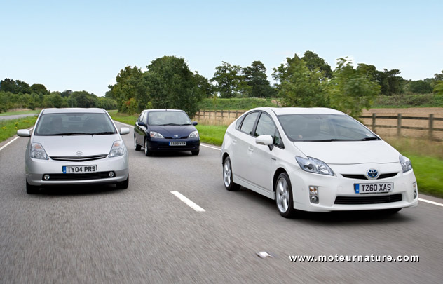 3 generations of the Toyota Prius