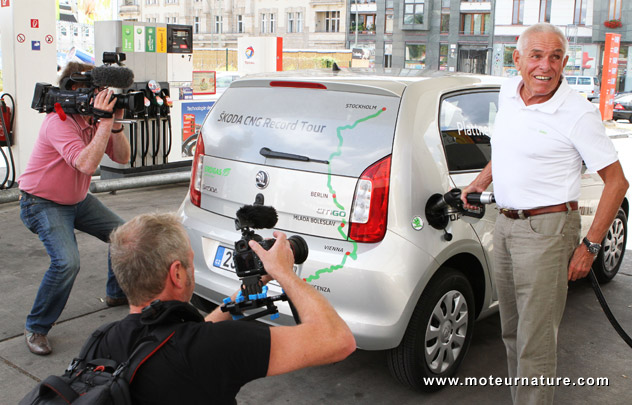 Skoda Citigo CNG filling up