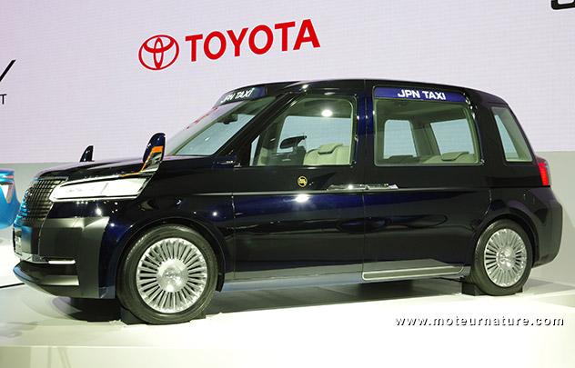 Toyota hybrid taxi concept
