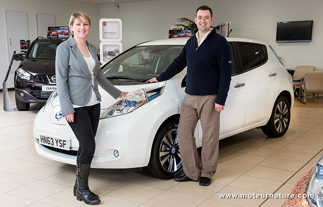 The 100,000th Nissan-Leaf being delivered in Hampshire
