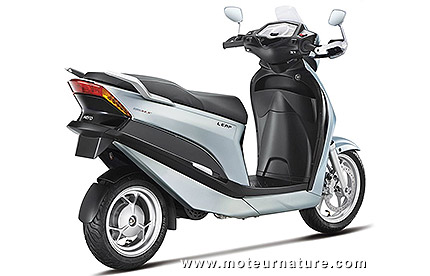 Hero Leap plug-in hybrid scooter
