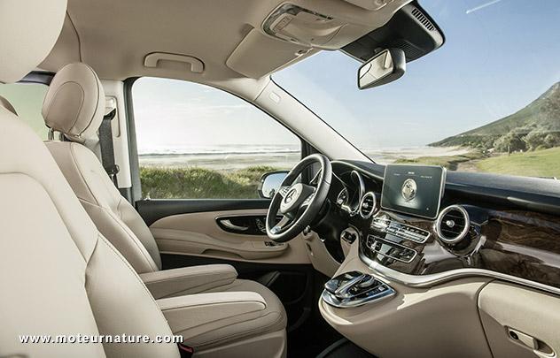 Mercedes V-class interior