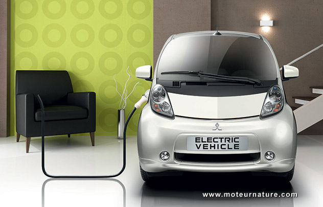 Mitsubishi i-MiEV in the living room