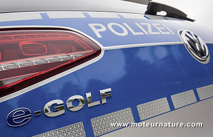 Electric Volkswagen e-Golf for the police